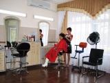 Парикмахерские процедуры.  Cтрижку горячей бритвой детскую и взрослую модельную.