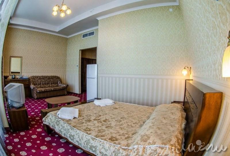 3-х этажный спальный корпус